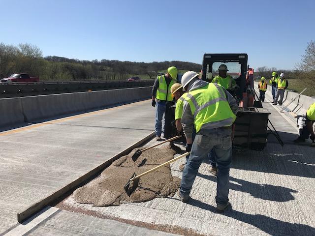 Pouring Hybrid Polymer Conrete Bridge Deck